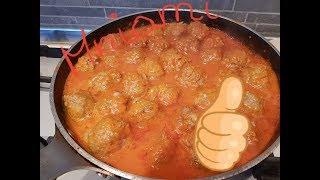 Szybkie pulpety w sosie pomidorowym - danie dla całej rodziny!