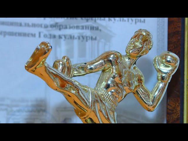 Ангарские тайбоксёры привезли золото