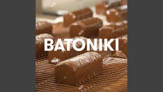 Kadr z teledysku Batoniki tekst piosenki Sokół feat. Hodak