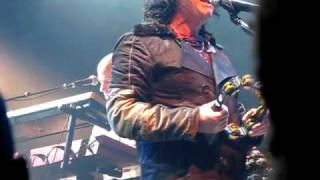 "Video clip of Marillion's ""Map of the World"" in Montreal, 4 April 2009 at L'Olympia."