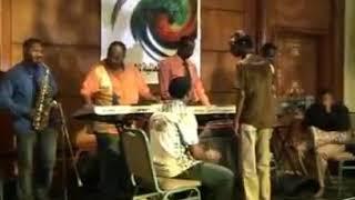 اغاني طرب MP3 محمود عبد العزيز - ارجع تعال عود ليا - حفلة القاهرة 2008 تحميل MP3