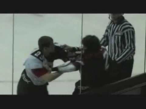Tyler Halliday vs. Brett Lyon