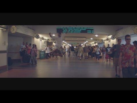 Pharrell Williams - Happy (2PM)