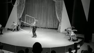 Силовой эквилибр с кубом, цирк, куб, жонгляж, спорт, kub, power, circus, showtime, sport, Acrobat.
