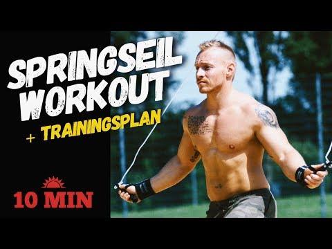 Wie das Gewicht von den Trainings dem Mann zu stürzen