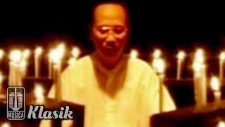 Ebiet G Ade - Biarkanlah Hati Yang Bicara (Karaoke Video)