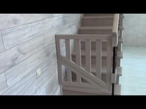Столик, полка и лайфхак для лестницы...