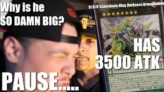 D/D/D Superdoom King Darkness Armageddon has 3500ATK. Why is he SO DAMN BIG? ....... PAUSE...