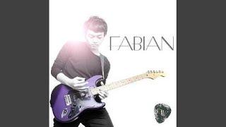 Download lagu Fabian Winandi Senyum Untukmu Mp3