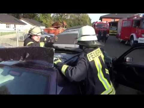 Säbelsägen Test bei der Feuerwehr