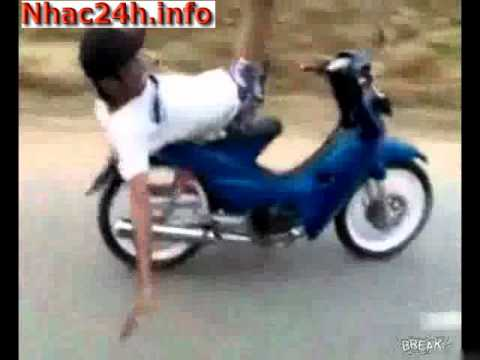 Trẻ trâu đi xe máy bá đạo - Dân tổ phải gọi thằng này = thánh