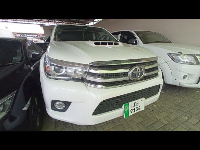 Toyota Hilux Revo V Automatic 3.0  2018 for Sale in Multan