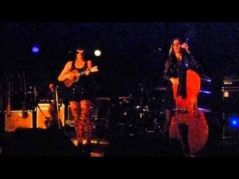 Amanda Shires-Wasted and Rollin'-Bottleneck-Lawrence KS-9-28-2013