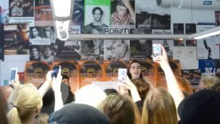 Beatrice Eli (Live på Bengans, Stockholm - 18 april 2015)