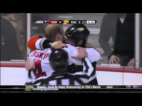 Andy Sutton vs. John Erskine