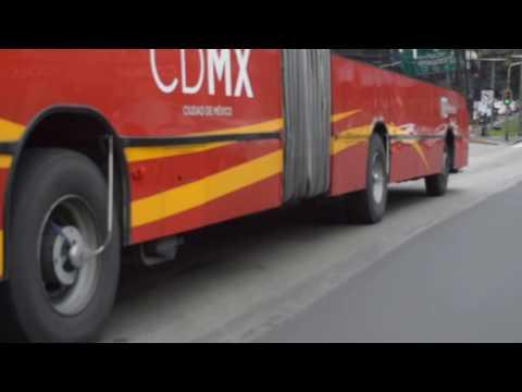 Metrobus contamina, nadie lo sanciona!