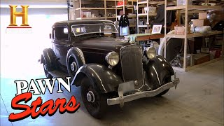 Pawn Stars: THE OLD MAN CUTS A DEAL FOR A RARE '33 PLYMOUTH (Season 8) | History