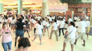 Give Kids The World flash mob to Ice Cream Freeze by Miley Cyrus - Orlando, Florida