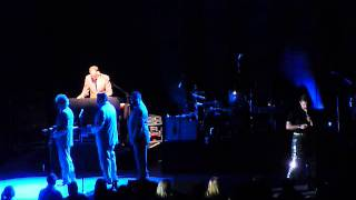 CHRIS ISAAK -  WORKED IT OUT WRONG - 26 MARCH 2013