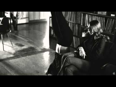 Frances Ha Clip 'Not Date Him'