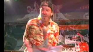 Jimmy Buffett Introduces Jimmy and the Parrots