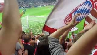 preview picture of video 'Bayern x Chelsea - Uefa Super Cup 2013 - Torcida em chamas (Ultras)'