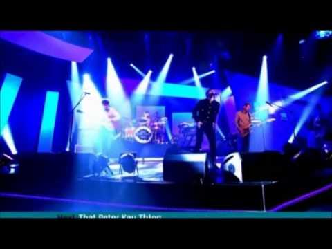 Kaiser Chiefs : Little Shocks live on Alan Carr's Chatty Man
