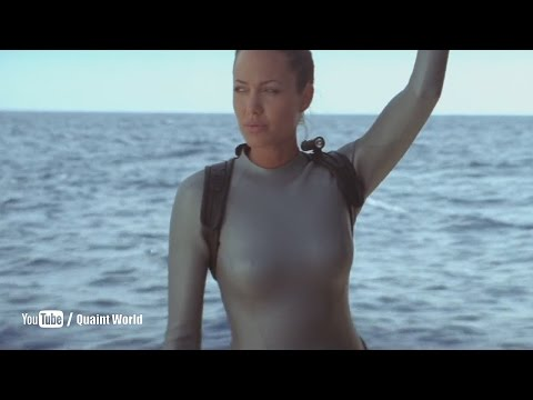 Angelina Jolie Looking Gorgeous in Lara Croft Swimsuit | Tomb Raider (2003)