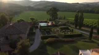 preview picture of video 'Tenuta Santi Giacomo e Filippo - Urbino Resort'