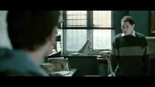 Crimes à Oxford, première scène de Podorov, joué par Burn Gorman