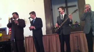 Kingsmen Quartet - Glory Road (2011)