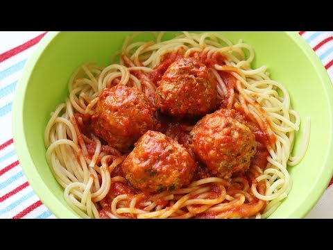 快速和简单的意大利面条和肉丸子