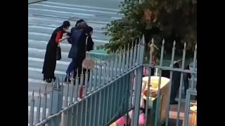 Публичная драка девушек в Махачкале попала на видео, 4.06.2017
