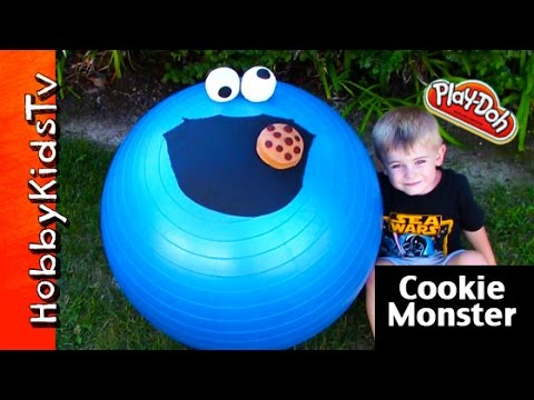GIANT Cookie Monster Play-Doh Surprise EGG