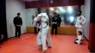 preview picture of video 'Presentación Escuela Ruben Hdz Fight Club -Valdemoro-'