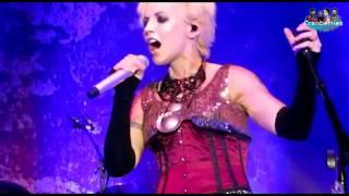 The Cranberries - Twenty One Live (Lyrics: Inglés / Español)