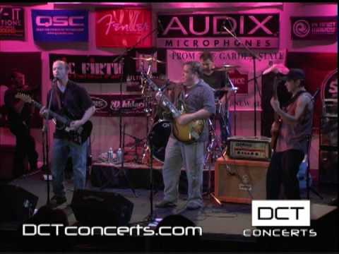 "DCT Concerts: The Fakers ""TWO PAPER JOINT"""