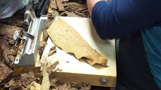 A lesson in cigar rolling in Old Havana Miami