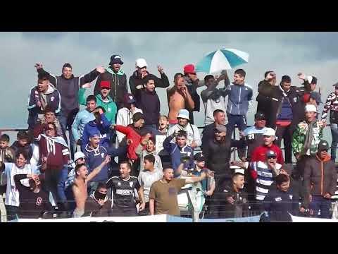 """""""Fenix 1 Cerro 1  3/6/18 Así lo vivió la hinchada de Cerro en el Parque Capurro"""" Barra: Los Villeros • Club: Cerro"""