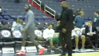 John Wall walks off court while Jae Crowder warms up - 1/24/2017
