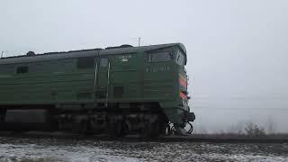 Тепловоз 2ТЭ10МК-3596 выезжает со станции Архангельск