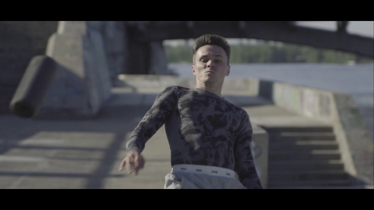 Акустика Ultimate Ears Megaboom - Black Charcoal video preview