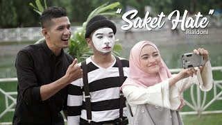 Gambar cover Saket Hate - RIALDONI (Official Video Klip)