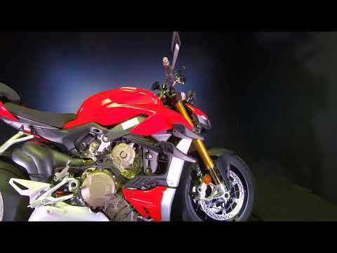2021 Ducati Streetfighter V4 S in De Pere, Wisconsin - Video 1
