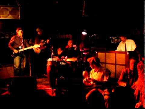 Naulaamo Houseband: Brother Ray (live)