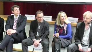 preview picture of video '(1) Digilern-Einführung: Die Schule 2022 aus der Perspektive der Schülerin Aysche Eschenbacher'