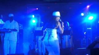 "Cherrelle LIVE ""I Didn't Mean To Turn You On"" - Essence Music Festival 2011"