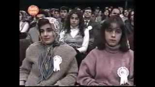 Erdal Erzincan & Arif Sağ & Belkıs Akkale - Ölmem Mi