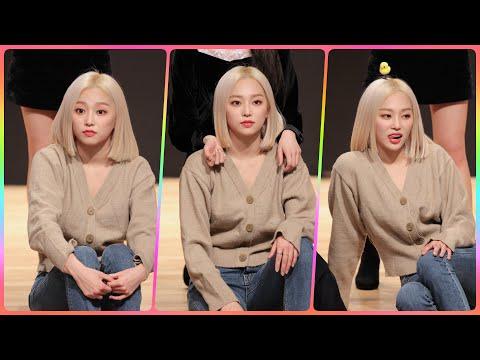 [4K] CLC 예은 직캠 (Crystal Clear) - 팬과의 대화중 @팬사인회/190202/Fancam…