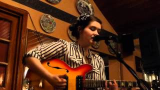 Charlene Soraia - Daffodils (HD) - The Golden Lion - 05.07.12